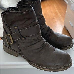 Cute fall booties!